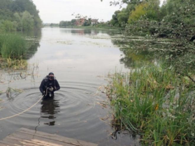 В Отрадном мужчина утонул, запутавшись в водорослях
