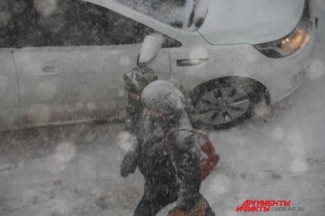 В Самаре из-за метели образовался транспортный коллапс