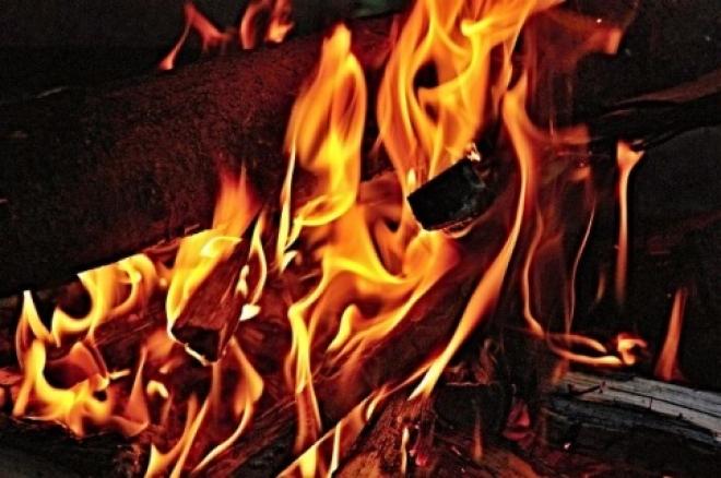 Сегодня утром в Самаре горел автосервис