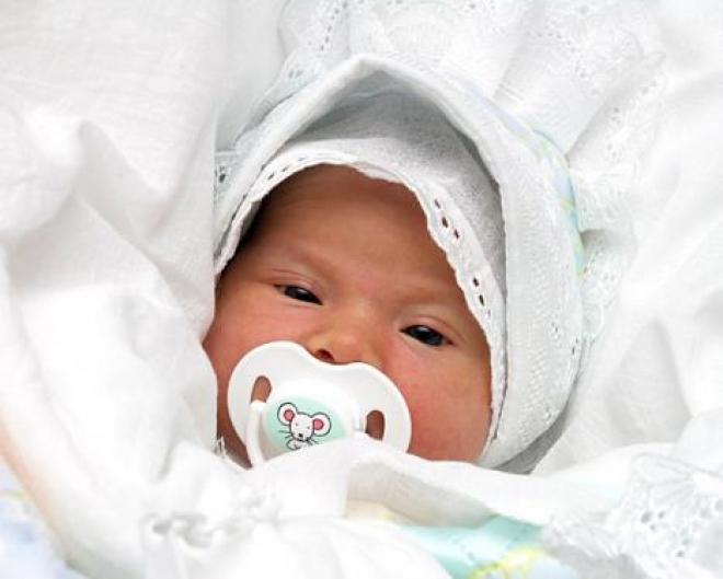 Возможно, будут выплачивать материнский капитал за первого ребенка