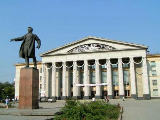 С площади Кирова снесут все торговые точки (Самара)