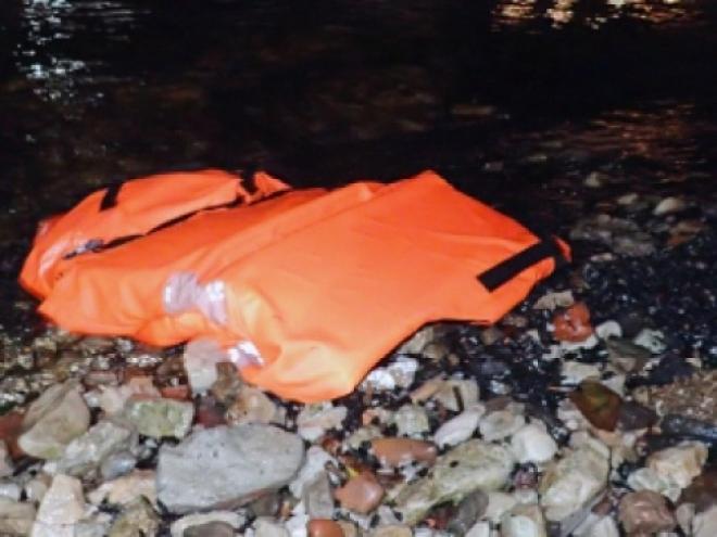В Самаре разыскивают двух пропавших с перевернувшейся лодки на Волге