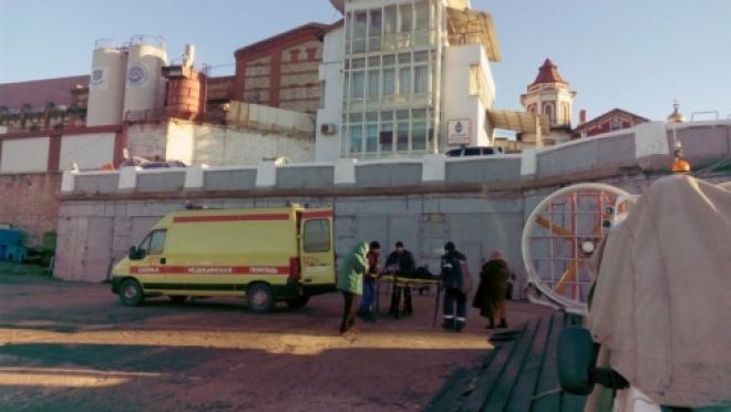 Самарские спасатели на катере эвакуировали мужчину в коме