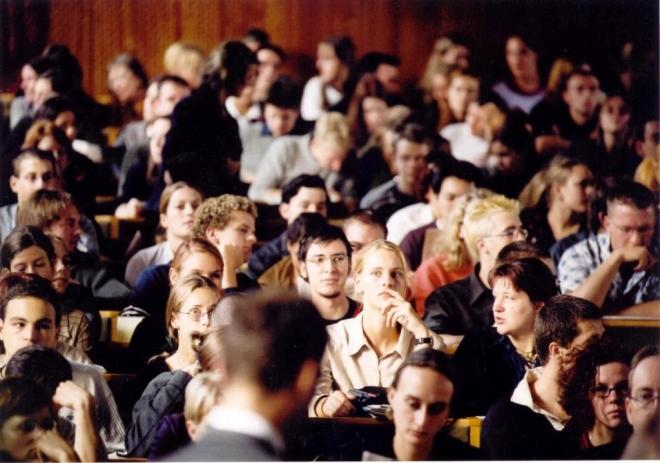 Отныне студенты должны будут публиковать в Сети свои курсовые и дипломные работы
